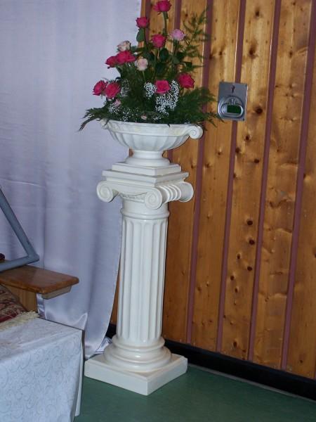 Grichische Säule H1m. Beispiel der Verwendung.